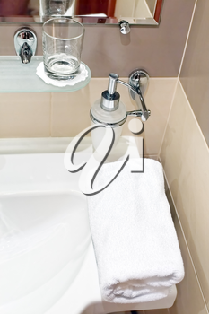 White  sink and towell in SPA salon.