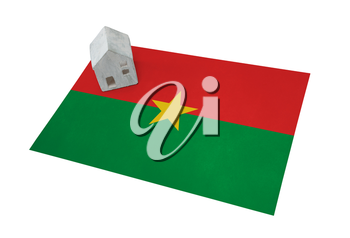 Small house on a flag - Living or migrating to Burkina Faso