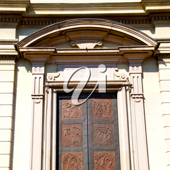 old door in italy land europe architecture and wood the historical gate