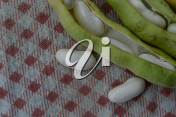 Beans. Phaseolus. Bean Seeds. Legumes. Kitchen. Recipes. Tablecloth. Before cooking. Delicious. Horizontal